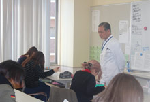 美容専門学校での「衛生管理」の講義